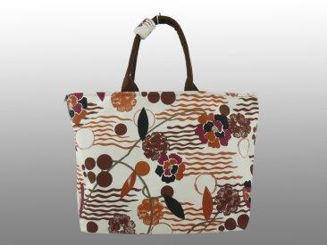 Пляжная сумка является летним аксессуаром, который незаменим на отдыхе у моря.  Сумки такого типа не всегда должны...