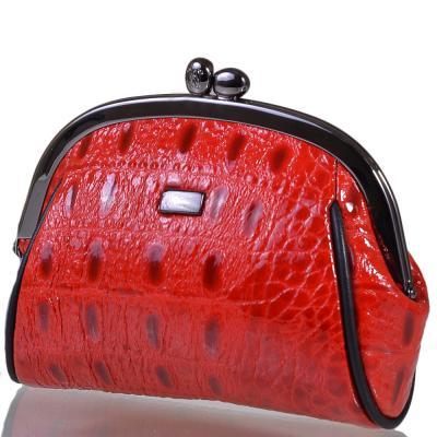 Косметичка женская кожаная WANLIMA (ВАНЛИМА) W72040730843-red Wanlima