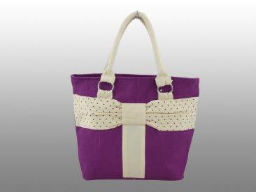 Яркая симпатичная пляжная сумка из натуральной ткани.  Страна-изготовитель - Индия.